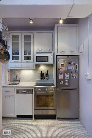 24 Fifth Avenue, small kitchen in an apartment in