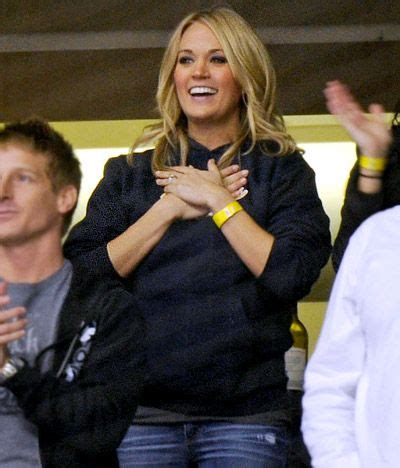 Carrie Underwood at her hubby's hockey game