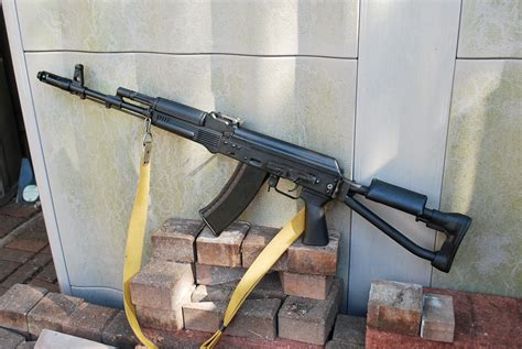 SGL31 with SVDS folding stock and 1P29 optic