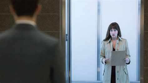 We asked a 'Submissive' to review Fifty Shades of Grey