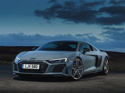 2020 Audi R8 Road Test and Review | Autobytel